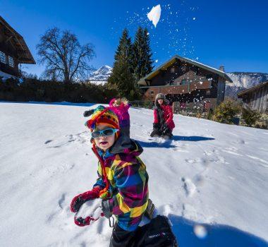 jeu famille neige