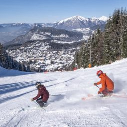 Retour ski village