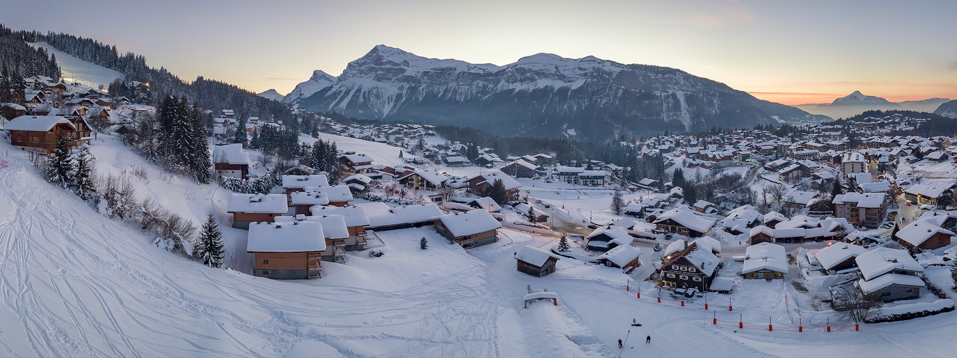header-panorama-village