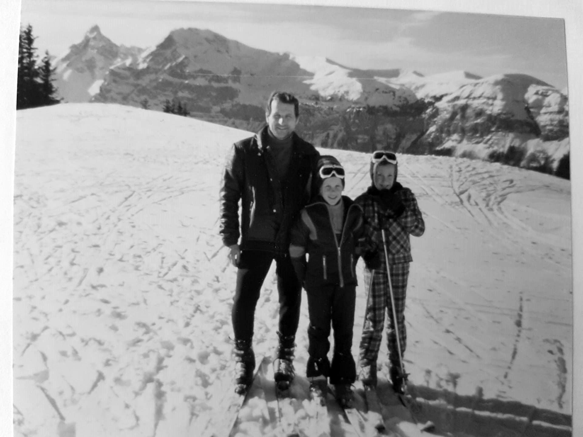 Jacques Dufour enfant _ avec son papa et sa soeur
